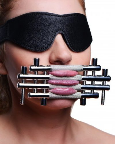 Lips and Tongue Press With Model