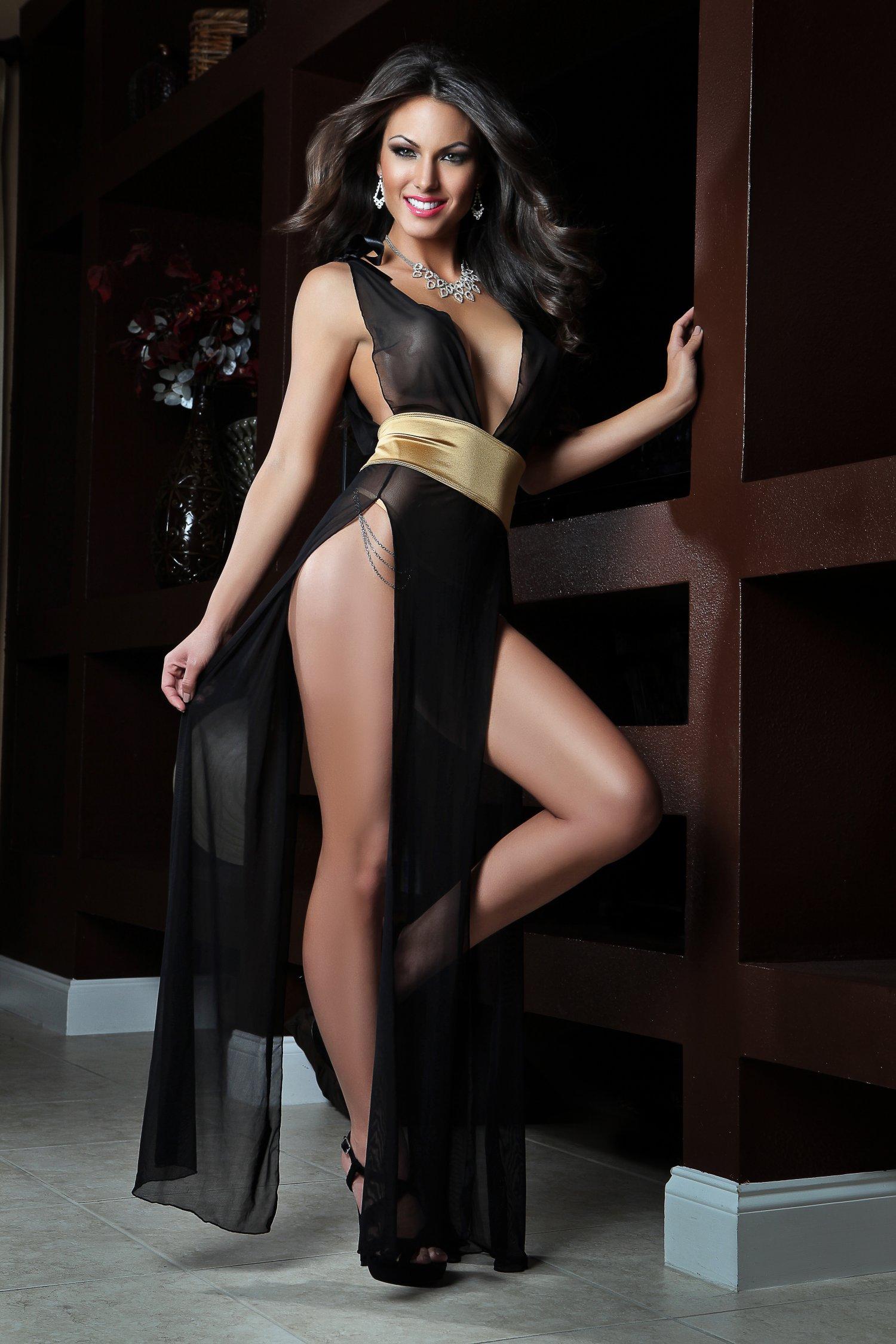 Фото жена в платье без белья 18 фотография