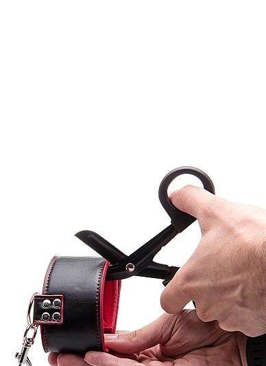 Bondage Safety Scissors Demo